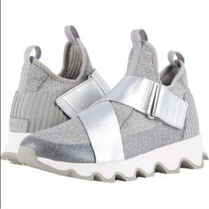 SOREL Kinetic High Top Sneakers Silver SZ 8.5